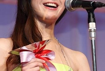 吉高由里子のデビュー当時はオーラないしバカwwでも園子温は見抜いた