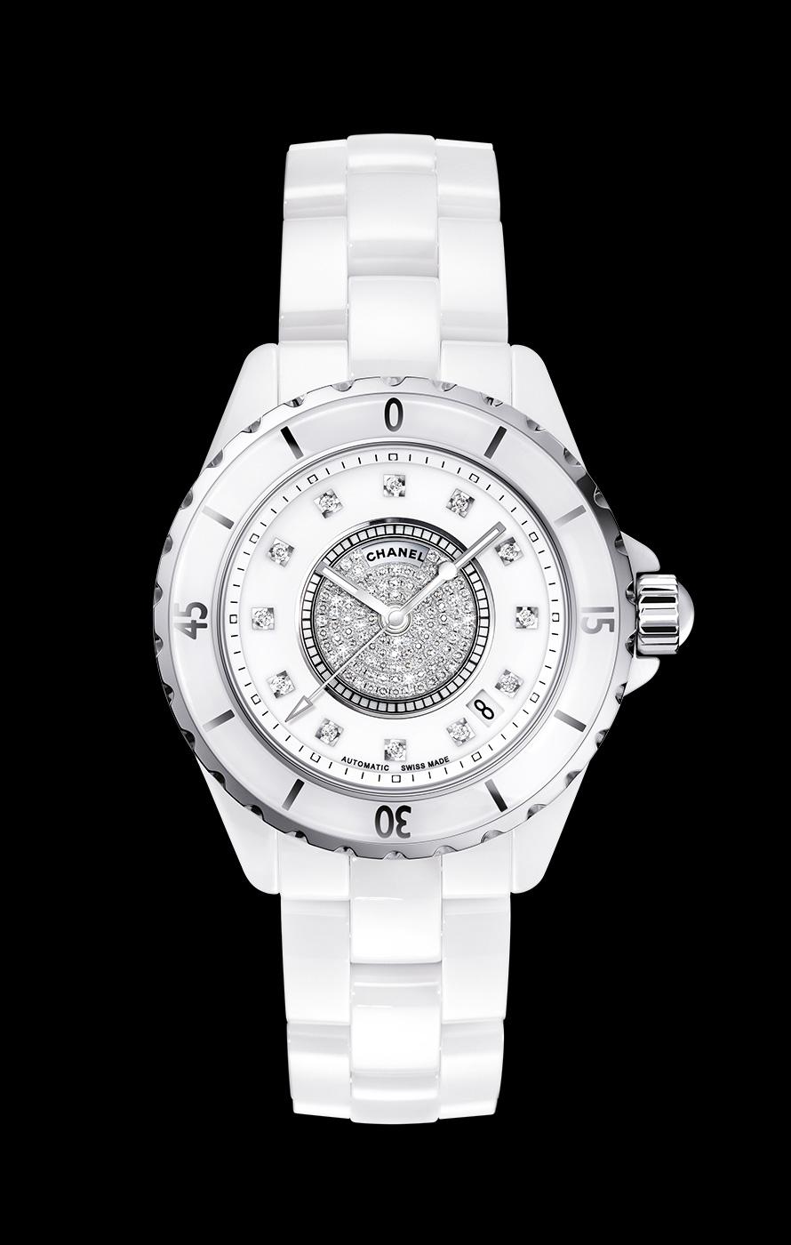 the best attitude bac5b 7f1ac シャネルの腕時計J12のオーバーホールとメンテナンス費用の値段